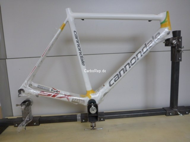 Carbon_Rahmen_Reparatur_Cannondale_SuperSix14