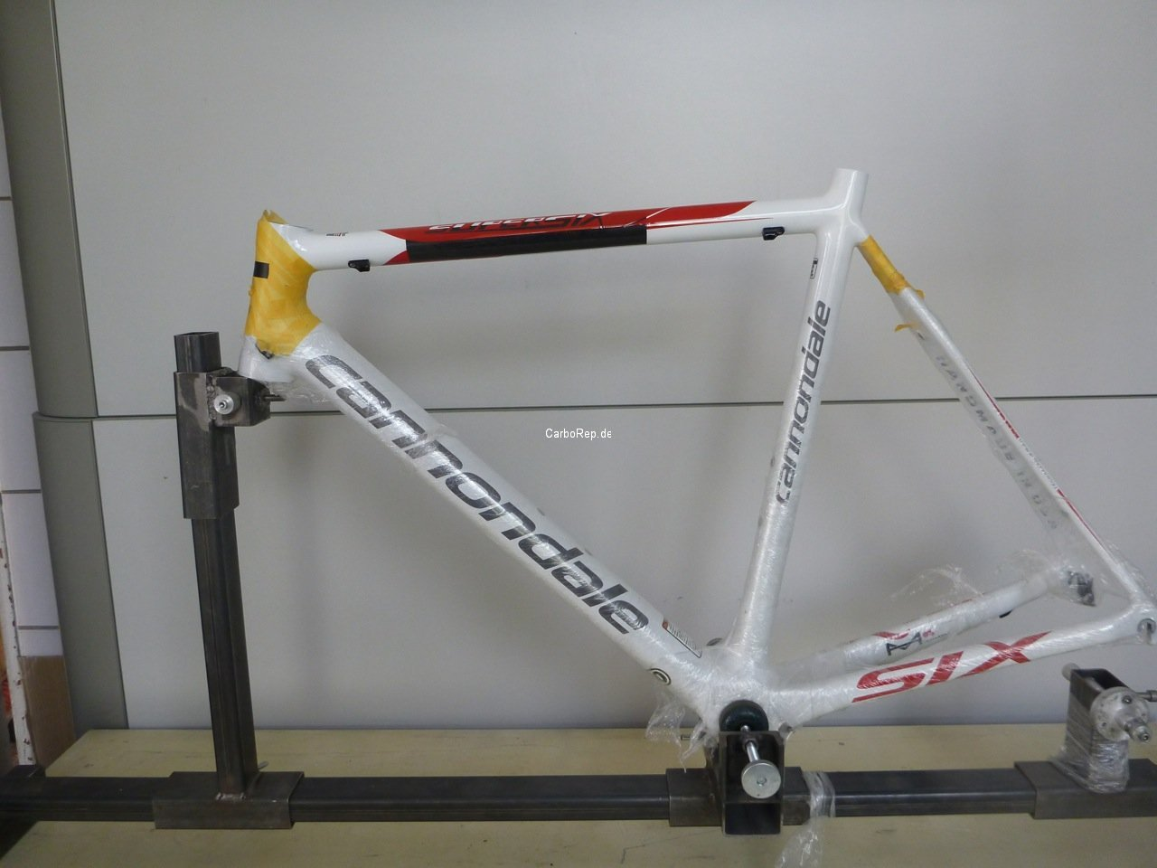 Carbon_Rahmen_Reparatur_Cannondale_SuperSix17